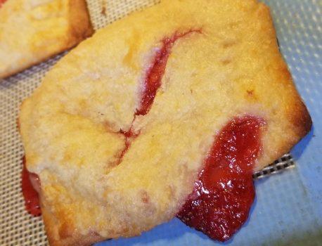 Keto Strawberry PopTarts